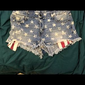 Mission High rise shorts : Stars and Stripes!